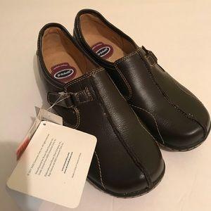NWT dr schools slip on clog shoes